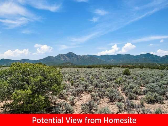 7 Calle El Mirador, Ranchos de Taos, NM 87557 (MLS #107356) :: Chisum Realty Group