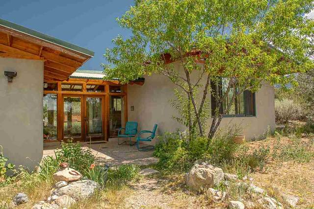 85 Camino Del Medio, San Cristobal, NM 87564 (MLS #107362) :: Page Sullivan Group