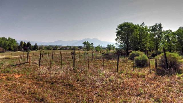 114 C Los Cordovas, Taos, NM 87571 (MLS #107407) :: Coldwell Banker Mountain Properties