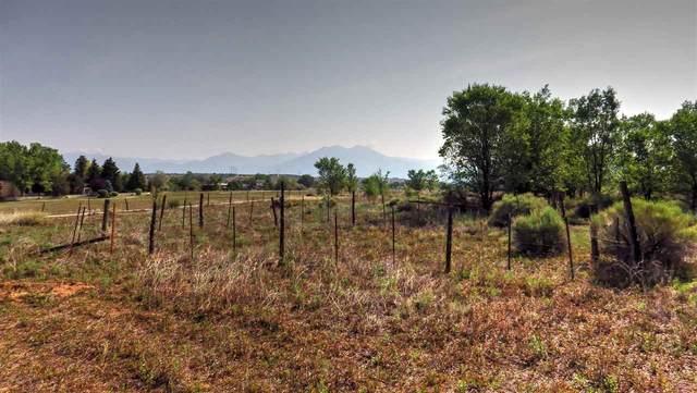 114 C Los Cordovas, Taos, NM 87571 (MLS #107409) :: Angel Fire Real Estate & Land Co.