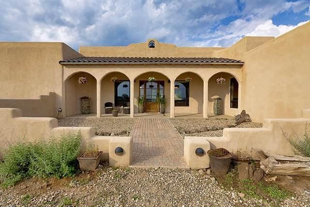 1095 Isaac Gonzales, El Prado, NM 87529 (MLS #107454) :: Angel Fire Real Estate & Land Co.