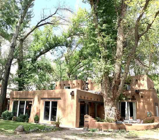 615 Ranchitos Rd, Taos, NM 87571 (MLS #107501) :: Chisum Realty Group