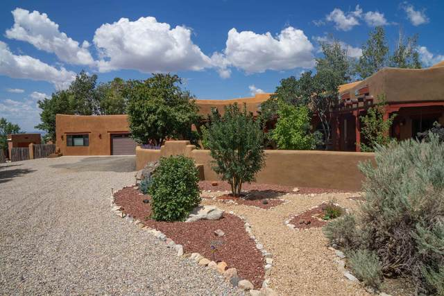 1407 Berninghaus, Taos, NM 87571 (MLS #107594) :: Chisum Realty Group