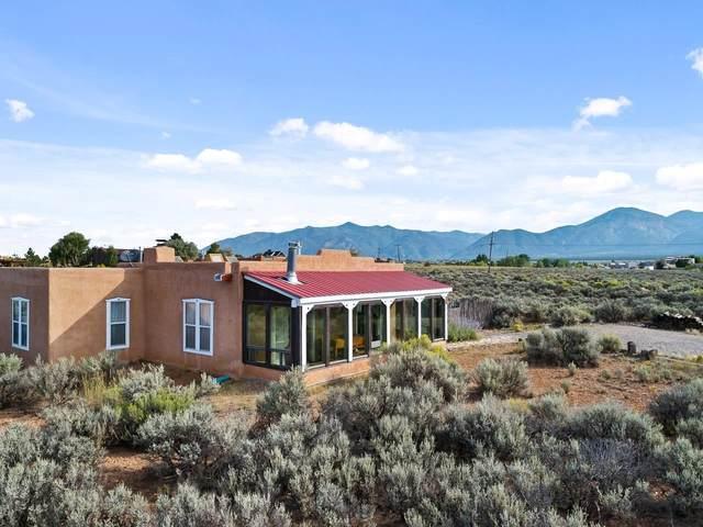 1 Snowshoe Trail, El Prado, NM 87529 (MLS #107688) :: Chisum Realty Group