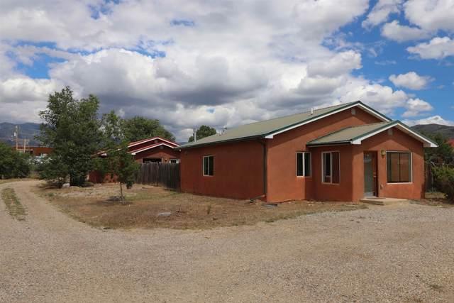 302 C And D Cruz Alta, Taos, NM 87571 (MLS #107705) :: Chisum Realty Group