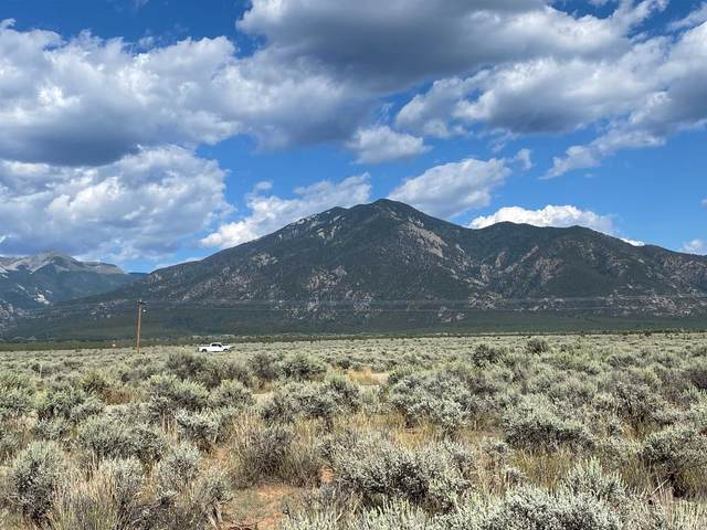 0 Uracca, Taos, NM 87571 (MLS #107748) :: Chisum Realty Group