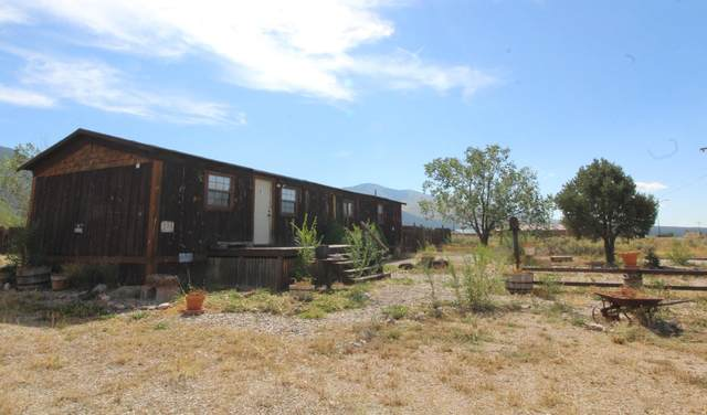 14 Evergreen Rd, Questa, NM 87556 (MLS #107781) :: Coldwell Banker Mountain Properties