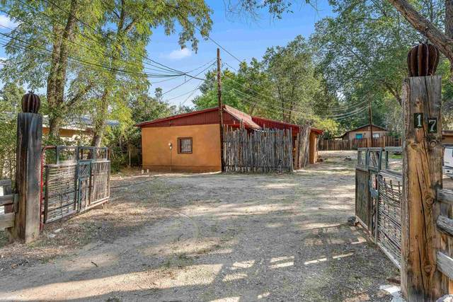 17 San Francisco Road, Ranchos de Taos, NM 87557 (MLS #107789) :: Coldwell Banker Mountain Properties