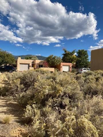 104 Vista Lane, Taos, NM 87571 (MLS #107851) :: Chisum Realty Group
