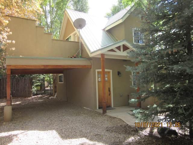 410 Burch, Taos, NM 87571 (MLS #107887) :: Page Sullivan Group