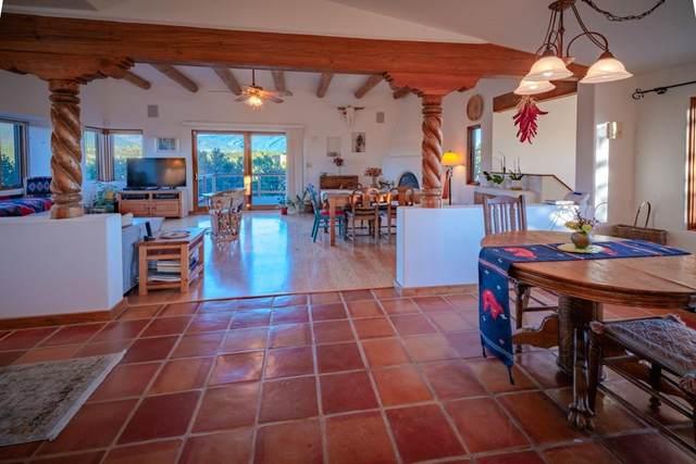 207 Hondo Seco Road, El Prado, NM 87529 (MLS #107951) :: Berkshire Hathaway Home Services