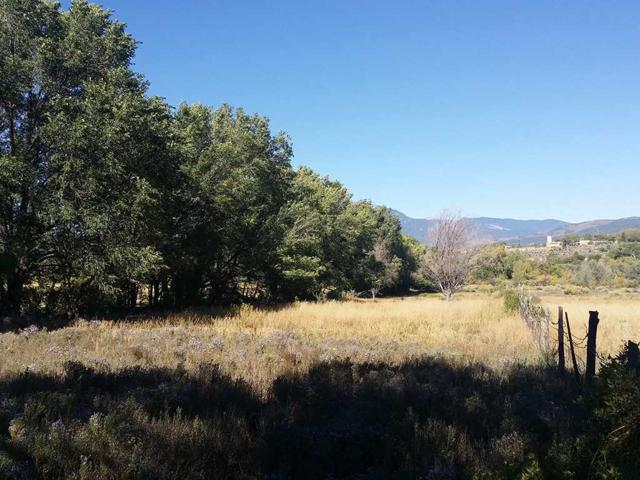 Vista Del Valle, Ranchos de Taos, NM 87557 (MLS #100790) :: The Chisum Group