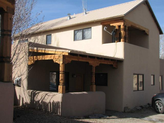 630 Zuni Street, Taos, NM 87571 (MLS #101105) :: Page Sullivan Group | Coldwell Banker Mountain Properties
