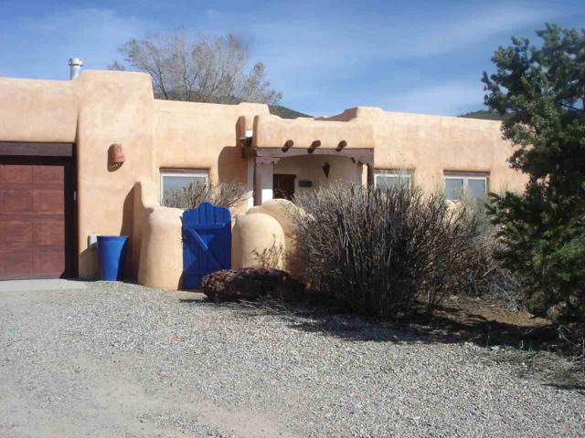 1423 Santa Cruz Rd, Taos, NM 87571 (MLS #102982) :: Page Sullivan Group | Coldwell Banker Mountain Properties