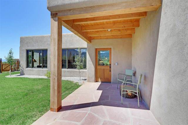 520 State Hwy 150, Arroyo Seco, NM 87514 (MLS #104035) :: The Chisum Realty Group