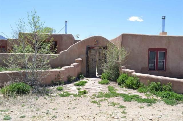 7 Calle Miguel, Ranchos de Taos, NM 87557 (MLS #105023) :: Angel Fire Real Estate & Land Co.