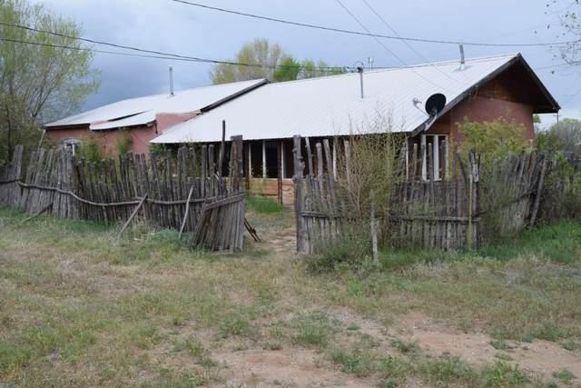 228 Los Cordovas Plaza, Ranchos de Taos, NM 87557 (MLS #105060) :: Page Sullivan Group