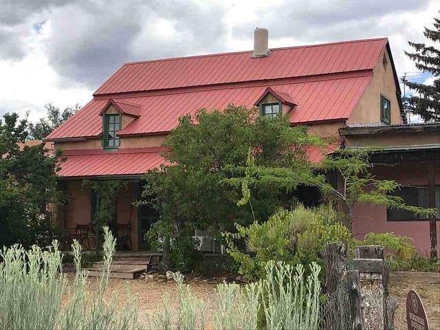 17 Arroyo Road, Ranchos de Taos, NM 87557 (MLS #105450) :: Page Sullivan Group