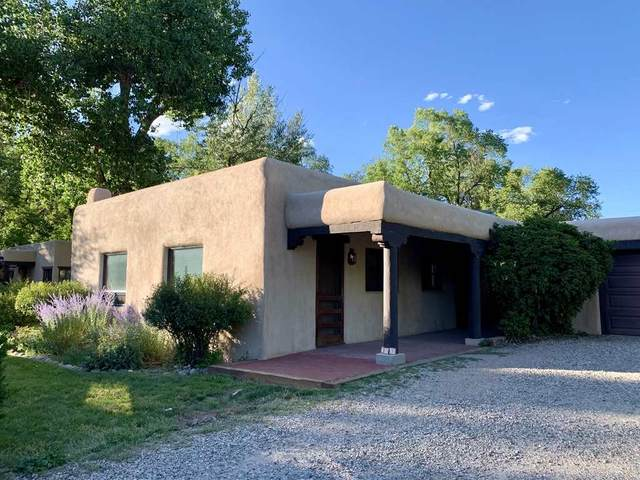 207 Beimer, Taos, NM 87571 (MLS #105537) :: Page Sullivan Group