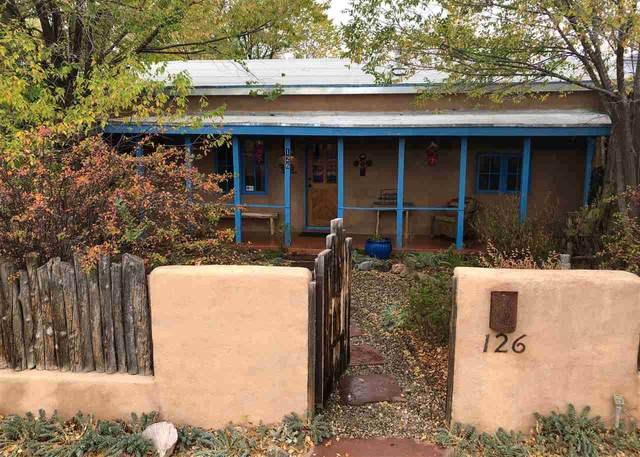 126 La Loma Plaza, Taos, NM 87571 (MLS #106015) :: Angel Fire Real Estate & Land Co.