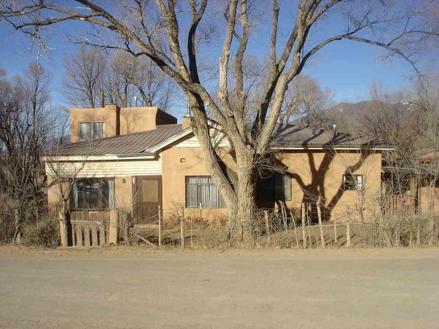 209 Herdner Rd, Taos, NM 87571 (MLS #106298) :: Chisum Realty Group