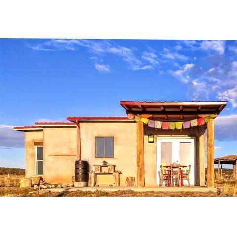 26 Sagebrush Road, Tres Piedras, NM 87577 (MLS #106639) :: Angel Fire Real Estate & Land Co.