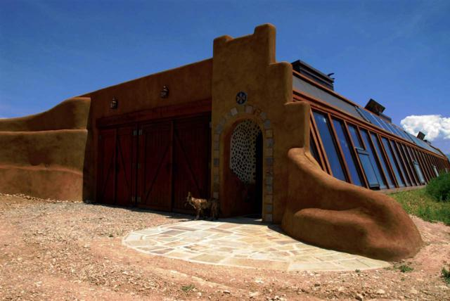 14 Earthship Way, Taos, NM 87571 (MLS #96490) :: Page Sullivan Group | Coldwell Banker Lota Realty
