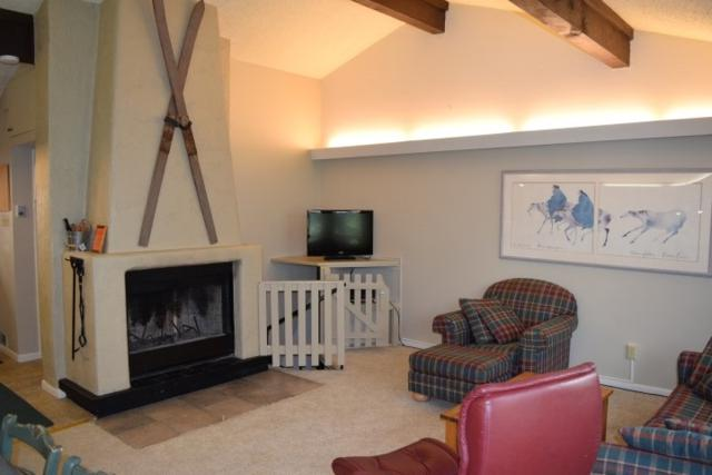 35 Firehouse Road #7, Taos Ski Valley, NM 87525 (MLS #101678) :: The Chisum Realty Group