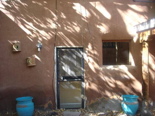 6 Espinoza Rd, Ranchos de Taos, NM 87557 (MLS #102527) :: Page Sullivan Group | Coldwell Banker Mountain Properties