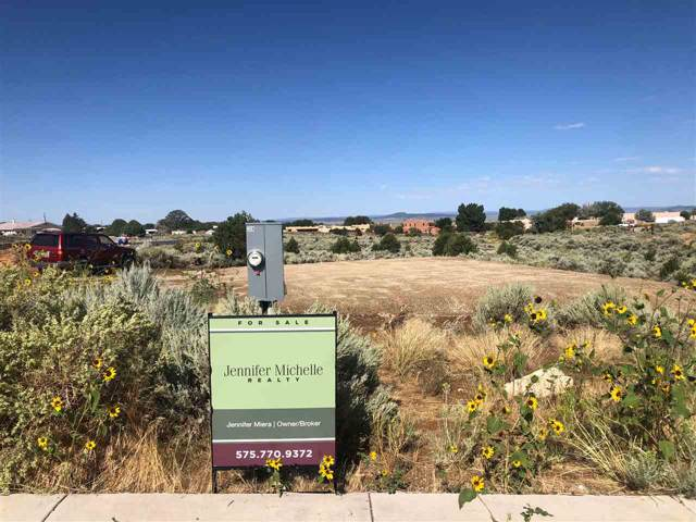 200 Las Olas Drive, Taos, NM 87571 (MLS #103033) :: Angel Fire Real Estate & Land Co.