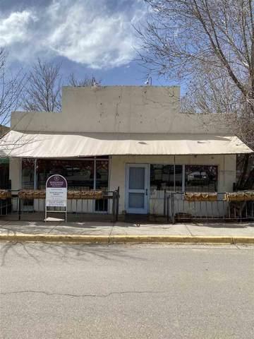 112 Dona Luz Street, Taos, NM 87571 (MLS #106529) :: Angel Fire Real Estate & Land Co.