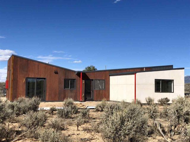 153 Tune, El Prado, NM 87529 (MLS #102416) :: Page Sullivan Group | Coldwell Banker Mountain Properties