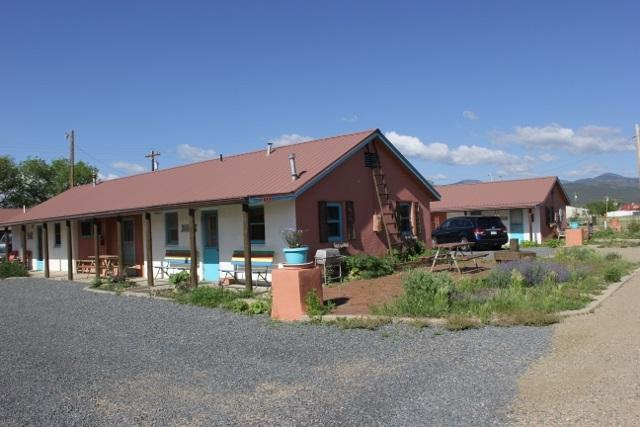 210 E 10th Street, Cimarron, NM 87714 (MLS #100083) :: Page Sullivan Group | Coldwell Banker Lota Realty
