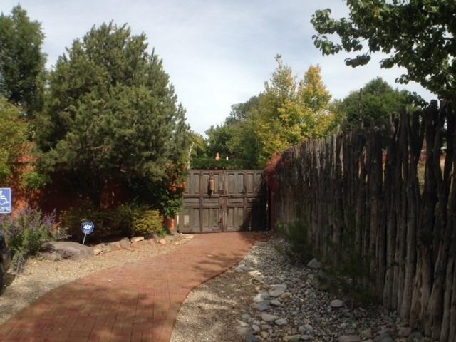 9 Plaza Vieja, Ranchos de Taos, NM 87557 (MLS #100407) :: Page Sullivan Group | Coldwell Banker Lota Realty