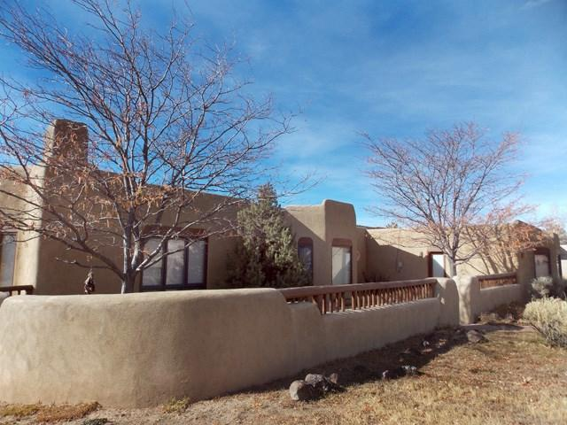 38 Los Altos, Arroyo Seco, NM 87514 (MLS #100900) :: Page Sullivan Group | Coldwell Banker Lota Realty