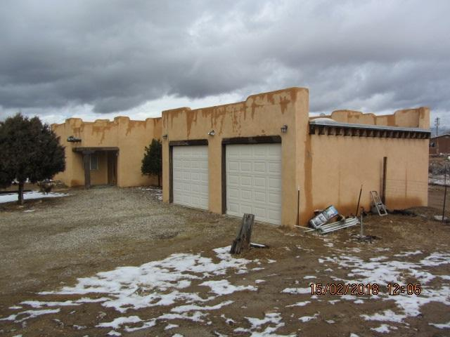 416 Aguirre Lane, Taos, NM 87571 (MLS #101150) :: Page Sullivan Group | Coldwell Banker Lota Realty