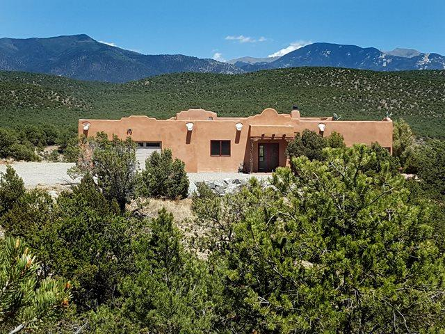 41 Sangre De Cristo Drive, Arroyo Hondo, NM 87513 (MLS #101977) :: Page Sullivan Group | Coldwell Banker Lota Realty