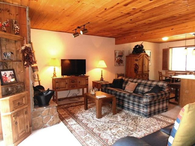 10 Jackson Hole Rd #204, Angel Fire, NM 87710 (MLS #101993) :: Page Sullivan Group | Coldwell Banker Lota Realty