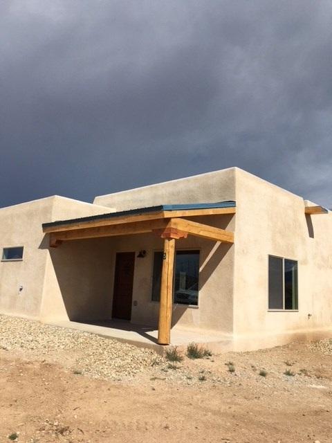 5 Seco Lane, El Prado, NM 87529 (MLS #102472) :: Angel Fire Real Estate & Land Co.