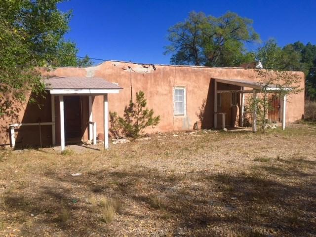 98 State Road 240, Ranchos de Taos, NM 87557 (MLS #102511) :: Page Sullivan Group | Coldwell Banker Mountain Properties