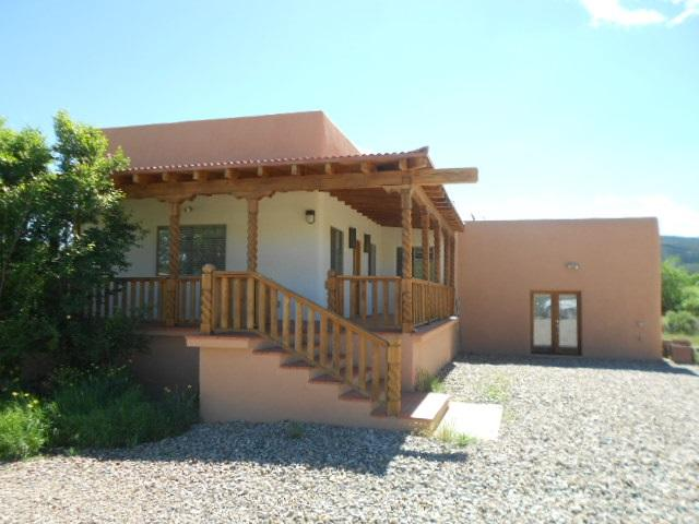 110 Vista Del Valle, Ranchos de Taos, NM 87557 (MLS #102946) :: Page Sullivan Group | Coldwell Banker Mountain Properties