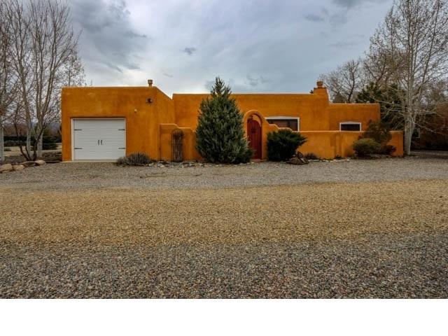 525 La Lomita, Taos, NM 87571 (MLS #103058) :: Page Sullivan Group | Coldwell Banker Mountain Properties