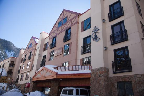 110 Sutton Place, Taos Ski Valley, NM 87525 (MLS #103607) :: The Chisum Realty Group