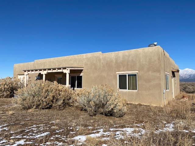 51 Las Tusas Rd, Ranchos de Taos, NM 87557 (MLS #104595) :: Page Sullivan Group | Coldwell Banker Mountain Properties