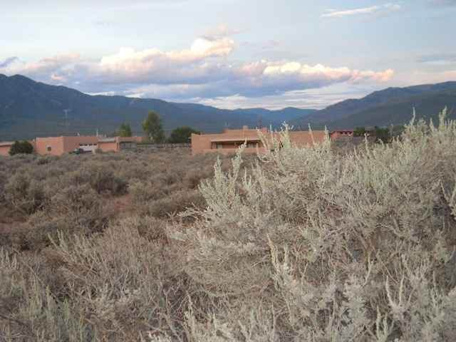 West of 35 Eototo Road, El Prado, NM 87529 (MLS #106090) :: Page Sullivan Group