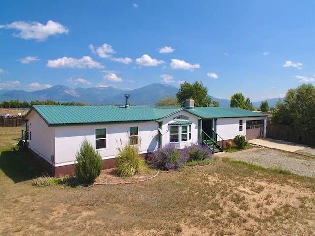 10 Santistevan Rd, El Prado, NM 87529 (MLS #107673) :: Chisum Realty Group