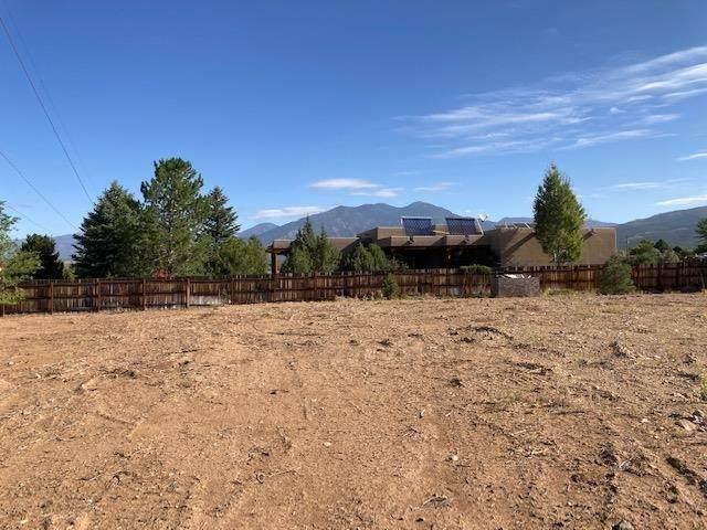 Lot 2 Vista Primavera, Taos, NM 87571 (MLS #107793) :: Coldwell Banker Mountain Properties