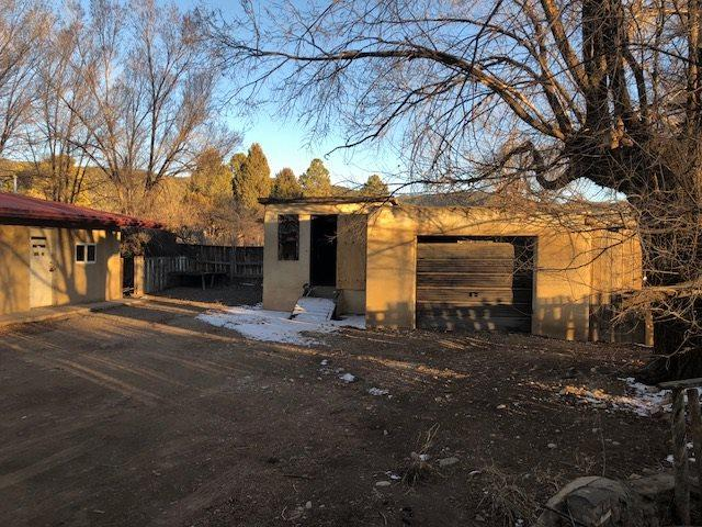 9 El Tros Rd, Ranchos de Taos, NM 87557 (MLS #101104) :: Page Sullivan Group | Coldwell Banker Lota Realty