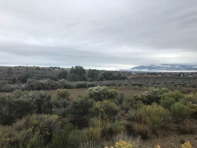 Lot 12 Valle Vista Subdivision, Taos, NM 87571 (MLS #105737) :: The Chisum Realty Group