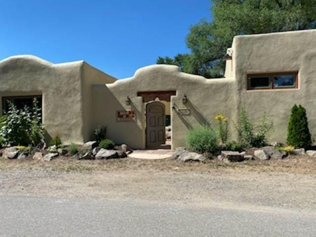 112 Las Cruces Road - Photo 1